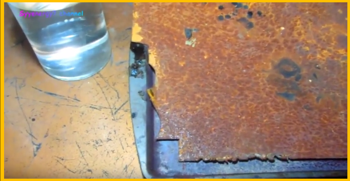 Remove Stubborn Rust From Metal Furnishings Quickly Easily And Cheaply With White Vinegar