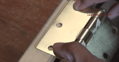 [Video] This Technique Is All You Need To Cut Door Hinges Perfectly.