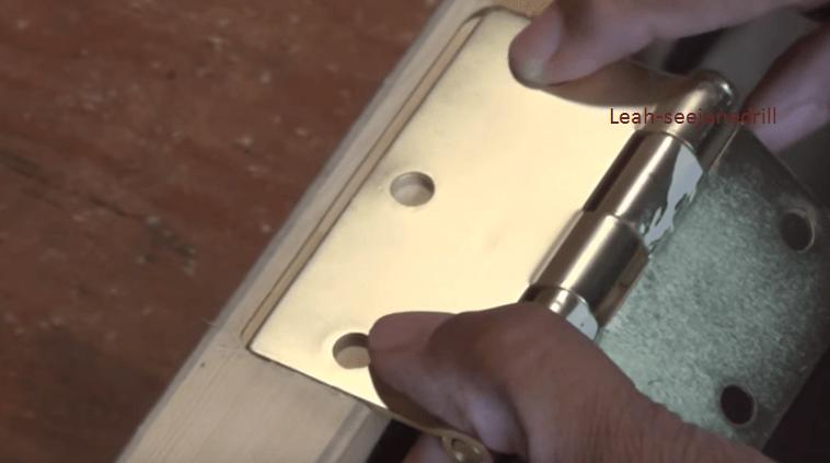 How_to_Cut_Perfect_Door_Hinges