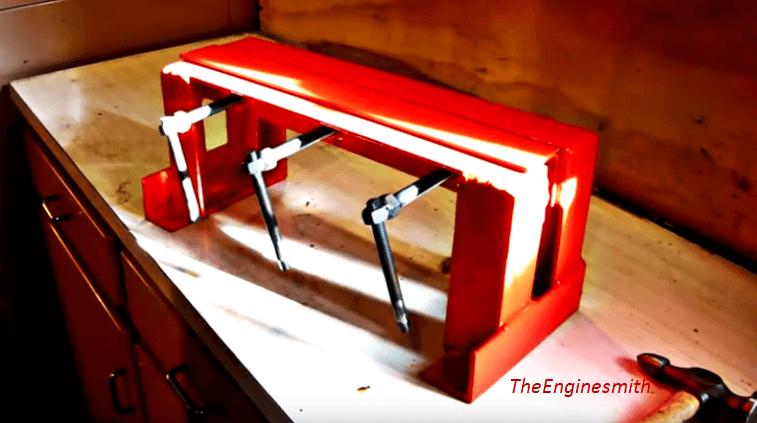 [Video] Bend Sheet Metal Easily With This DIY Basic Sheet Metal Bender.