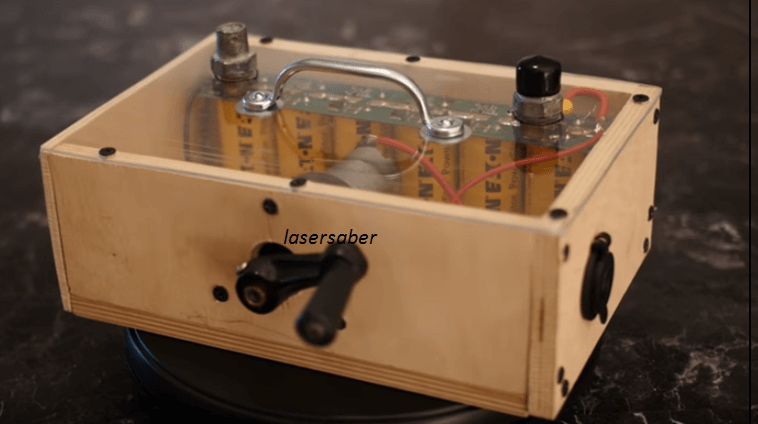 Build A Hand Crank Capacitor BoostBox For Your Emergency Power Needs