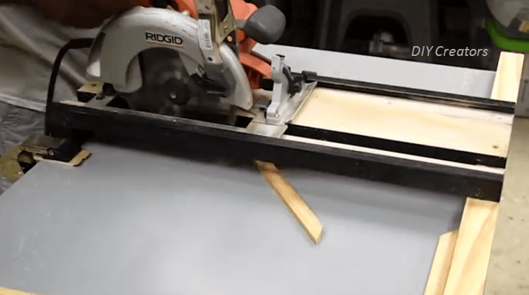 [Video] This Tutorial Shows You How To Make Your Own Circular Saw Crosscut And Miter Jig ...