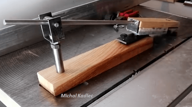 [Video] How To Build A Knife Sharpening Jig Of Your Own. - BRILLIANT DIY