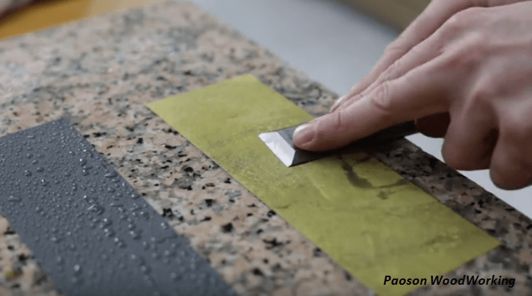 [Video] Unique Way To Sharpen Chisels With Sandpaper.