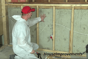 Step by step learning the safe way to do spray foam insulation all spray foam insulation techniques safely and successfully by yourself source houseimprovements solutioingenieria Image collections