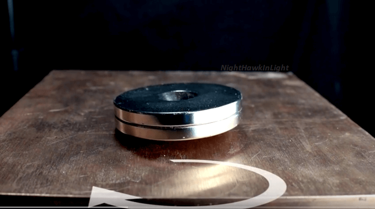 Find Out How Copper Reacts To Strong Magnets!