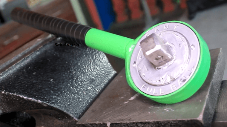 How To Make Your Own Ratchet Wrench From A Bicycle Sprocket.